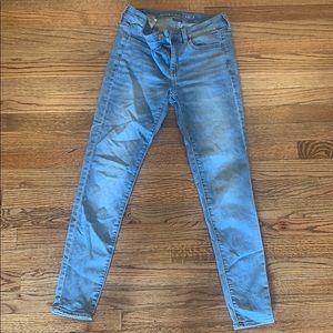American Eagle Skinny Jeans Light Wash Size 4